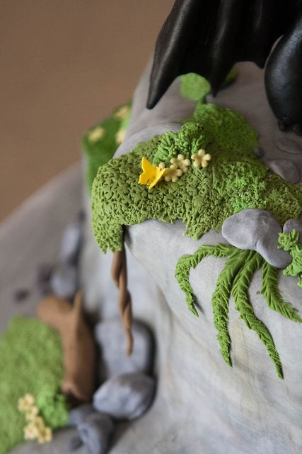 Landscape details   Toothless   How to Train Your Dragon cake