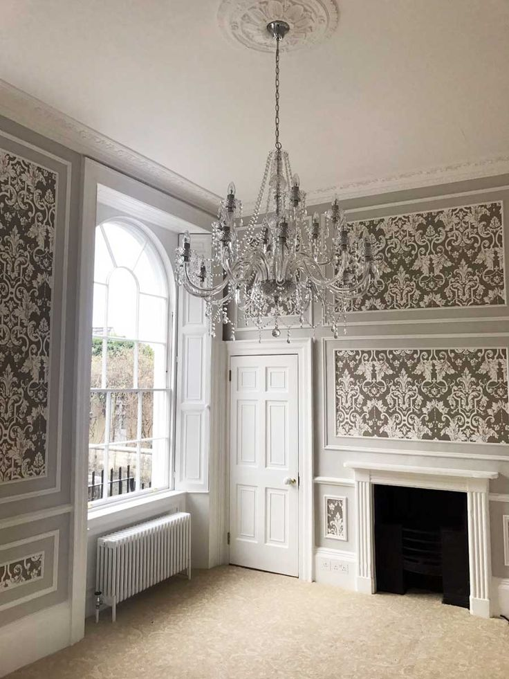 Georgian living room. Luxury. Chandelier, Fireplace, Cladding >> https://www.bathbespoke.co.uk/2017/04/19/cleveland-house-bath-sunday-times-homes-lust-list/