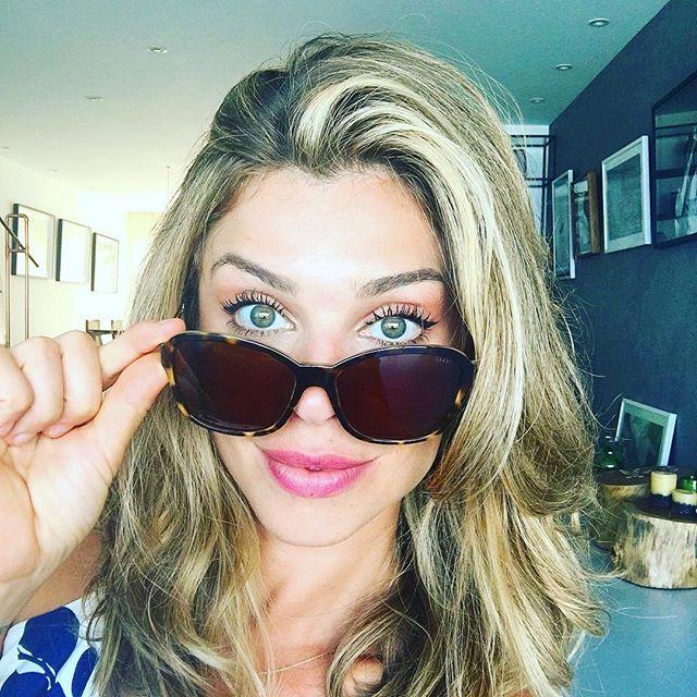 Ostentando 😎minha coleção linda de óculos #luxottica