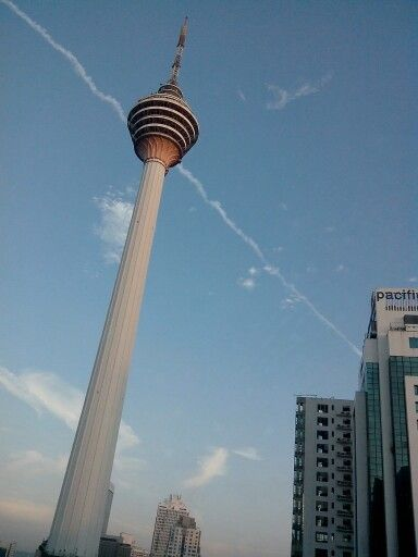 KL Tower http://picstoria.blogspot.com/2014/06/the-tallest-tower-in-south-east-asia.html