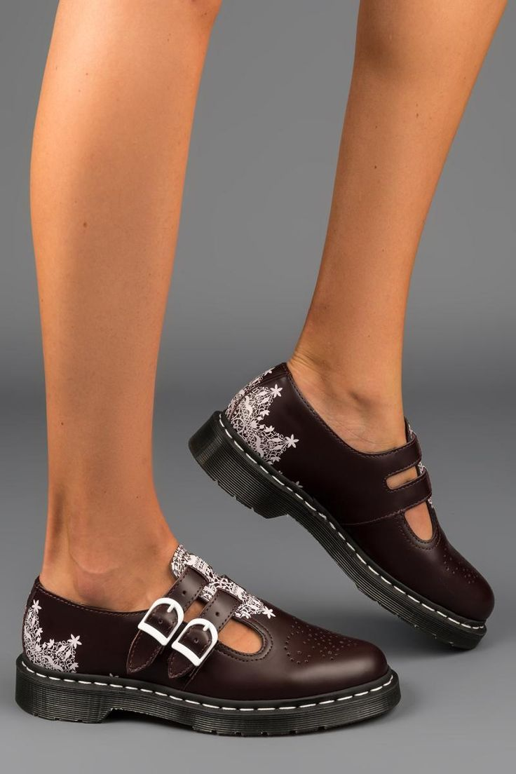 8065 Mary Jane Oxblood Lace | That Shoe Lady