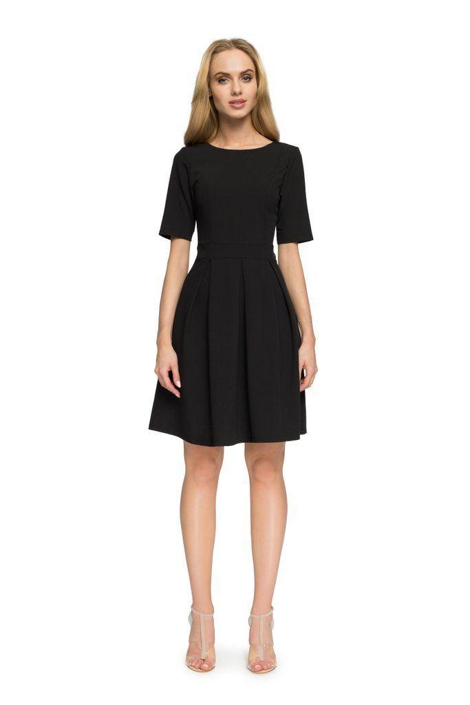 e103d10bc2 MOE Sukienka przed kolano - dół ułożony w kontrafałdy S003 czarna - Sukienki  - Sklep z odzieżą damską Arkany mody
