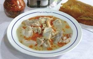 Είναι καθαρά ποντιακή συνταγή, σε κάθε περιοχή της Καππαδοκίας την παρασκεύαζαν διαφορετικά. Λέγεται τανομένος σορβάς δηλαδή ανακατεμένη σούπα.
