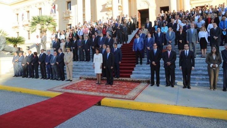 Presidente Medina Encabeza Ceremonia En Homenaje A La Bandera Nacional