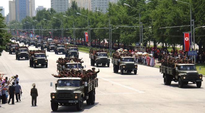 Corée du Nord : un gigantesque défilé militaire pour les 60 ans de l'armistice | Atlantico