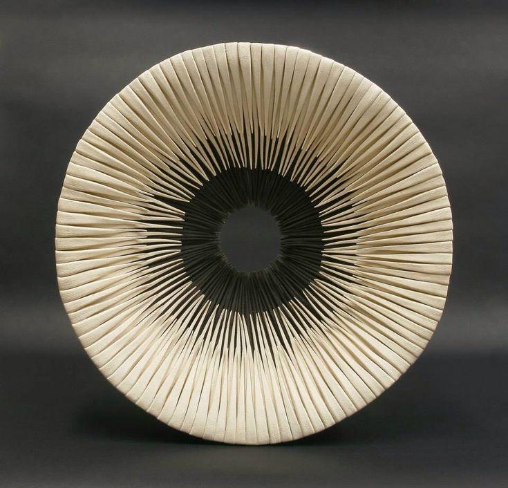 Alberto Bustos modern contemporary minimalist japan style ceramic art bowl