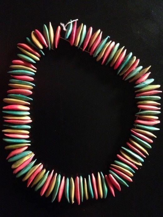 Bracelet ou collier en pépin de melon colorés
