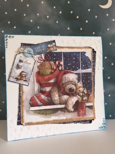 A real Christmassy scene using docrafts 'Christmas Wellington' range.  A gorgeous collection with beautiful imagery.