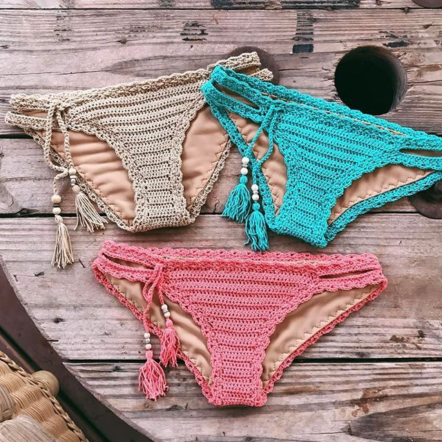 Beautiful Colors!! Crochet Pattern for this coming soon!!😍😍 Colores muy Bonitos!! Espero que termine el Patron de ganchillo para este bikini la proxima semana!!😍😍 . . . . #bikini #bikinibottom #handmadewithlove #crochetvibes #beachvibes #summer #summerstyle #crochet #crochetpattern #crochetbottom #crochetbikini #crochetaddict #crochetersofinstagram #ganchillo #ganchillocreativo #crochetlove #etsy #etsyshop #etsystudio #etsyseller #etsysellersofinstagram #ganchilloadicta #crochetlife…