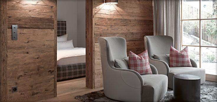 Schlafzimmer Lutzenberg Kitzbhel Referenzen  Chalet Style  Chalet interior Chalet design und