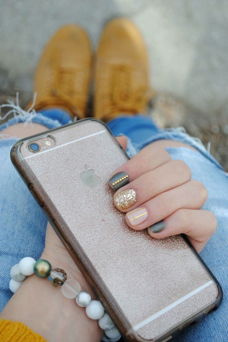 Olive green and gold #nails #iphone #bracelet