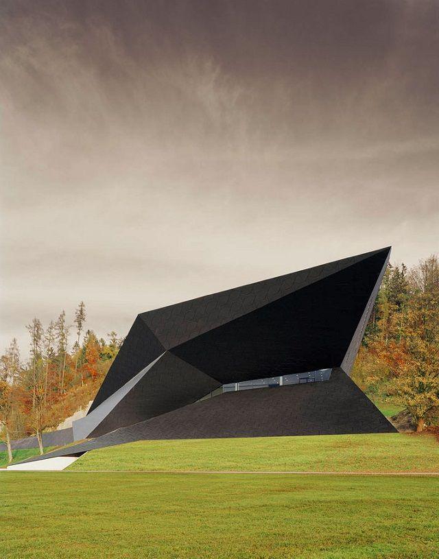 Festspielhaus der Tiroler Festspiele Erl bei Delugan Meissl Associated Architects