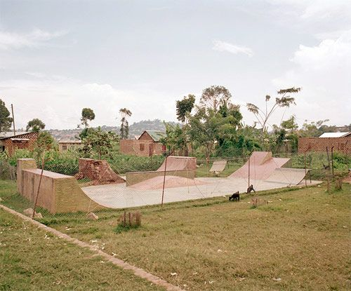 Kitintale skate park, Uganda. Photos by Yann Gross.