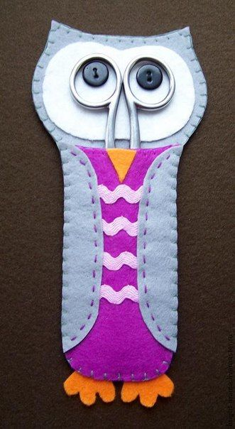 Owl Scissor holder -- photo tutorial showing how to make to the correct size for your scissors.