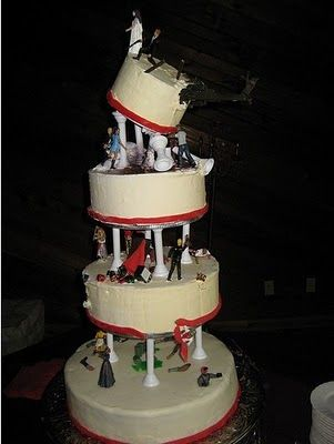 Ok, this is awesome!! zombie wedding cake! (dont think I'd do it at my wedding tho lol)