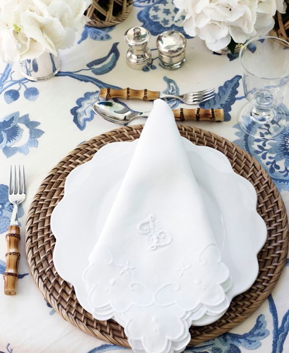 We carry a very lovely white scallop napkin similar to this at www.jacarandaliving.com