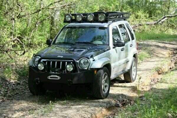 2006 Jeep Liberty off-road build up
