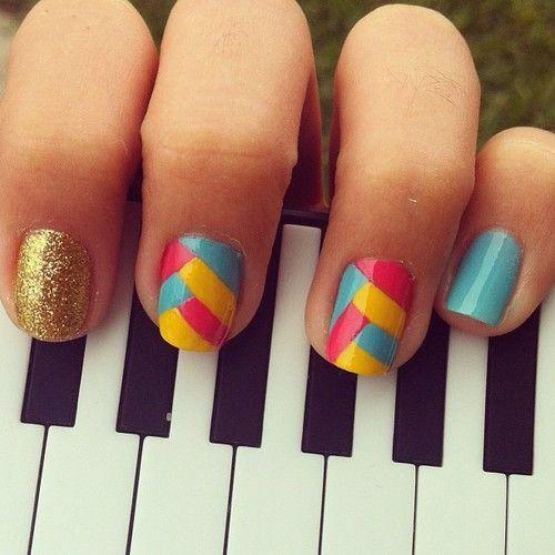 Uñas cortas con colores - Short nails with colours