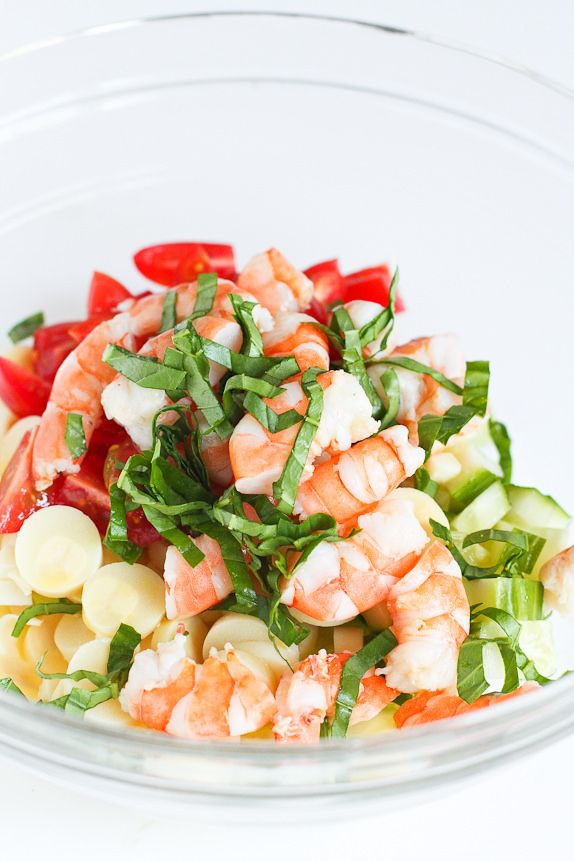 Shrimp, Hearts of Palm, Cucumber and Tomato Salad…Light & easy! 152 calories and 4 Weight Watchers PP   cookincanuck.com  #recipe