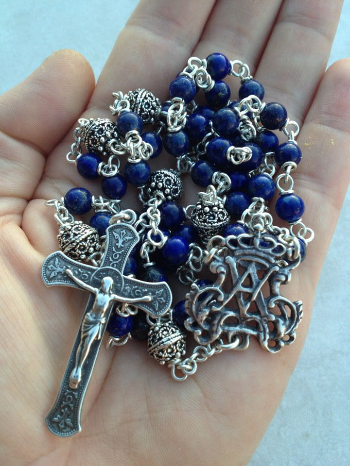 Under Her Starry Mantle: Rosary Reflections ~ The Carrying of the Cross