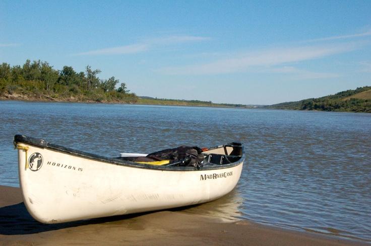 Canoeing the north saskatchewan river at sarilia country