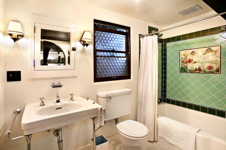 Hollywood 1920 39 s bathroom for the home pinterest vintage bathrooms black tiles and black Modern bathroom north hollywood