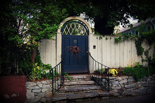 <3: Gardens Ideas, Organizations Gardens, Gardens Entrance, Gardens Furniture, Gardens Doors, Doors Gat, Beautiful Gardens, Gardens Gatesstep, Gardens Gates Step