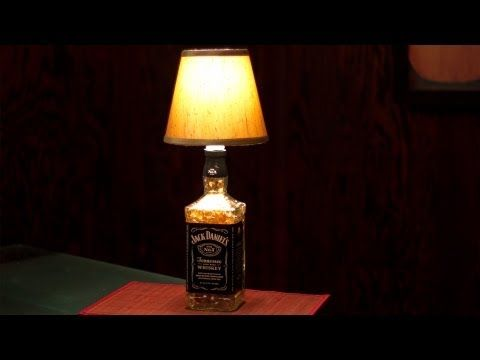 die besten 25 jack daniels lampe ideen auf pinterest zigarrenlounge dekor jack daniels. Black Bedroom Furniture Sets. Home Design Ideas