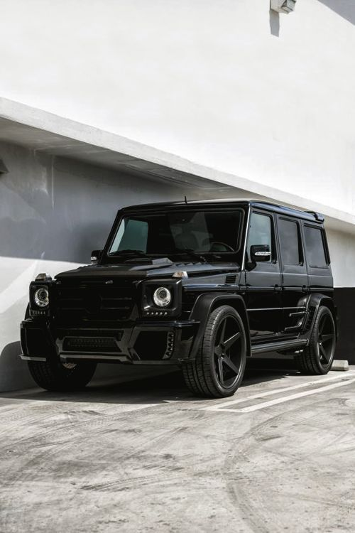 Black on Black Mercedes G Wagon #mercedes #iautohaus