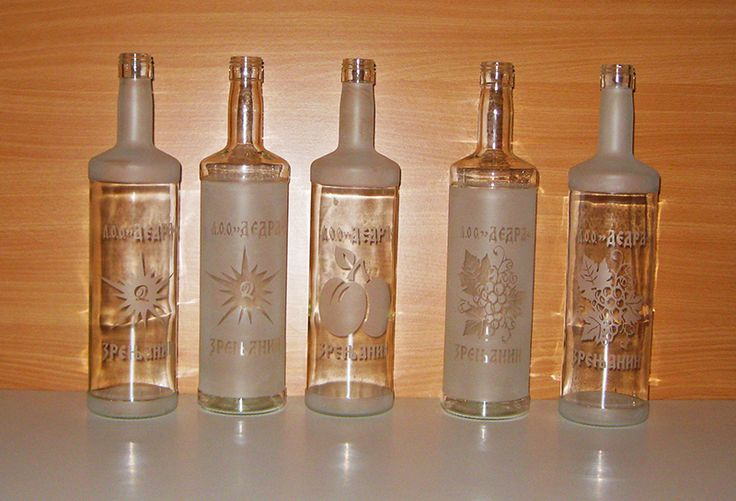 Sandblasting bottles