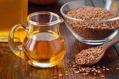 L'olio di semi di lino possiede preziose virtù per la nostra salute. È ricco di Omega 3 e Omega 6, fa bene all'organismo e idrata pelle e capelli