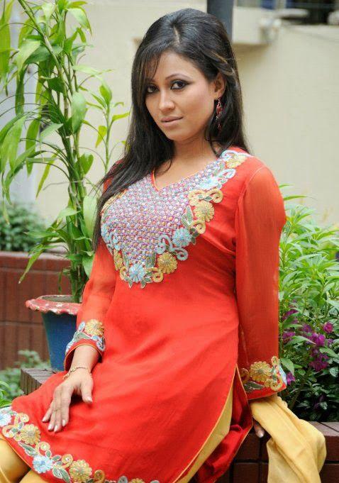 Women looking for Men Kolkata