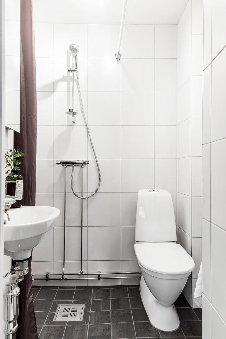 Badrum nytt badrum : MÃ¥lning, styling, moodhouse, kakling, klinker, nytt badrum ...