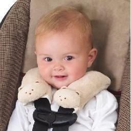 Que tal proteger a pele delicada do seu bebê de irritações dos cintos de segurança? Perfeito para carrinhos e cadeirinhas! http://www.chicabanana.com.br/produto/7153286/Protetor-de-Cinto-de-Seguranca