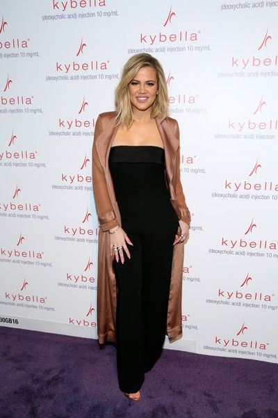 Khloe Kardashian Photos Photos - Khloe Kardashian attends Allergan KYBELLA event at IAC Building on March 3, 2016 in New York City. - Khloe Kardashian Kicks Off KYBELLA Movement at Allergan Event