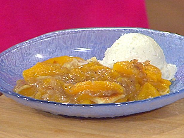 Aretha Franklin's Peach Cobbler (from Emeril Live -> Episode: Company's Coming)