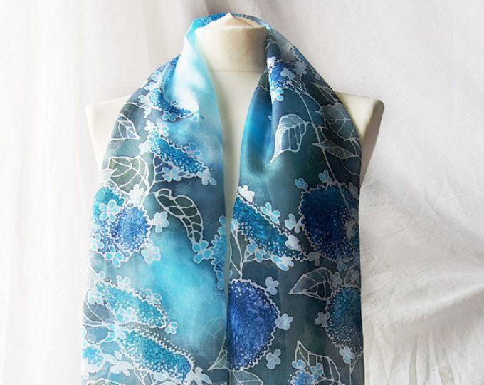 Pintado a Hortensia bufanda - bufanda bufanda de seda de la Hortensia - mano bufanda larga bufanda - bufanda azul - pañuelos de seda azul kimono bufanda - bufanda de flores-