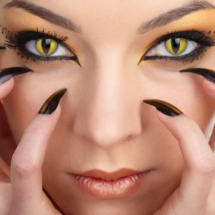 Cat eye contact lenses - Great Halloween Look - BOO!!! http://www.cheapcoloredcontactlenses.net/cat-eye-contact-lenses/