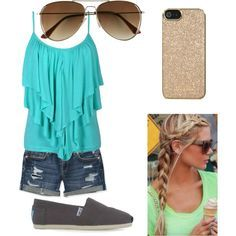 Ok so this is more of a summer/spring outfits but it's still like great to wear for a hot day!!