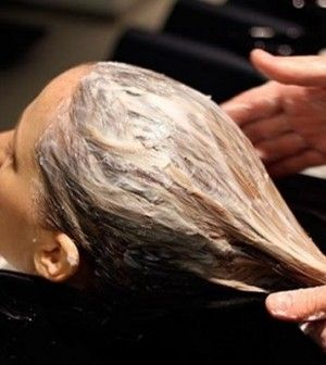 Treatment-of-dry-hairs