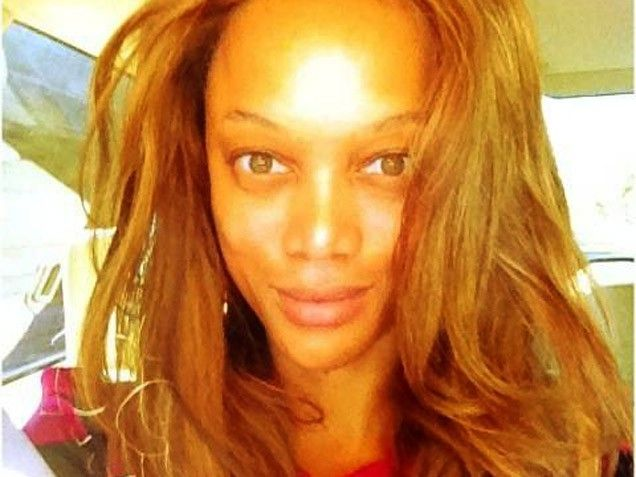 Stars Without Makeup: Tyra Banks. #beautifulskin  I think they look better without all the makeup.