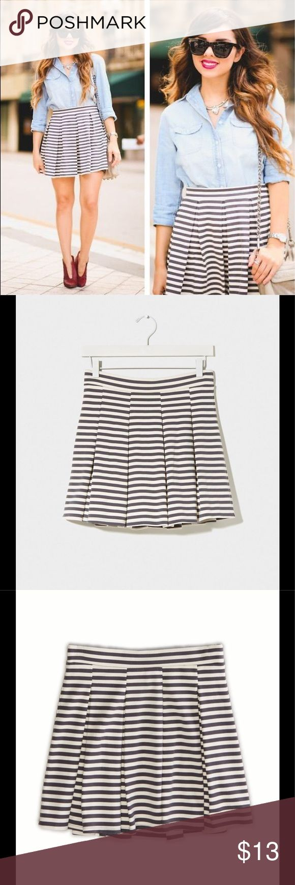AE   Pleated Stripe Circle Skirt This cute little skirt is very versatile. Great for Summer, or just add tights in the Winter. Pleated Stripe Circle Skirt  by American Eagle Outfitters. Heavy weight knit, full skirt with charcoal gray stripes. Waist 16 in. measured flat, length 16 in. American Eagle Outfitters Skirts A-Line or Full