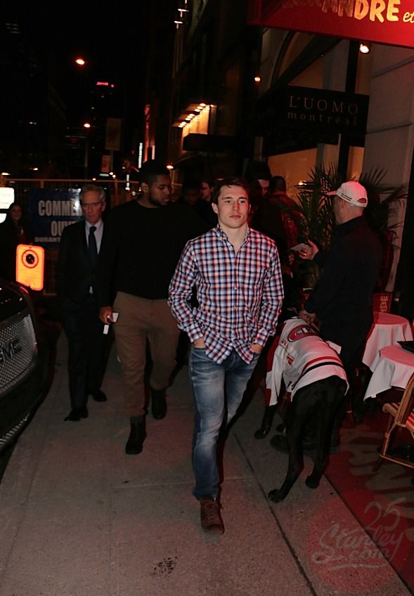 """4.15.15 - The players were all having supper together at the renowned Café Ferreira . In fact, it was a """"meeting casual"""" team because even Marc Bergevin , Michel Therrien and Geoff Molson were there."""