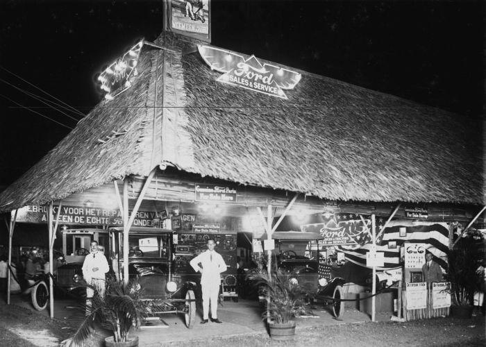 Stand Ford Pasar Gambir 1922