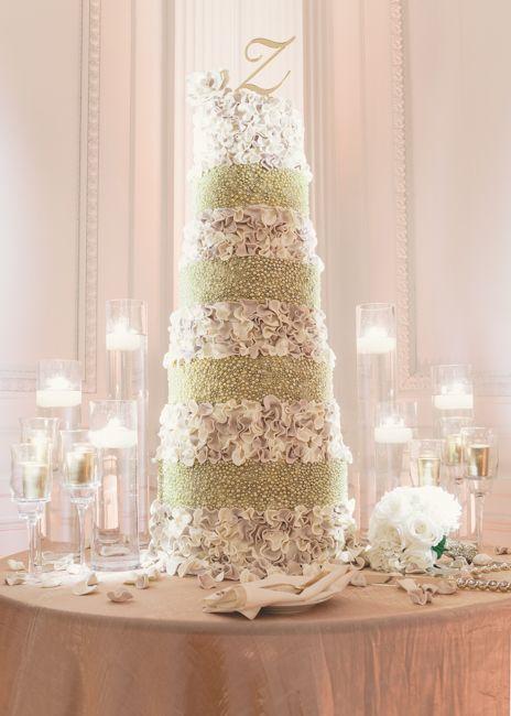 Presidential inspired wedding cake