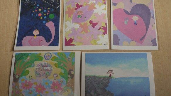 ポストカード5枚セットです。作品名は2枚目写真上「森のお花屋さん」下「風に吹かれて」3枚目写真左「星空観察」中「桜日和」右「好き。」です。|ハンドメイド、手作り、手仕事品の通販・販売・購入ならCreema。