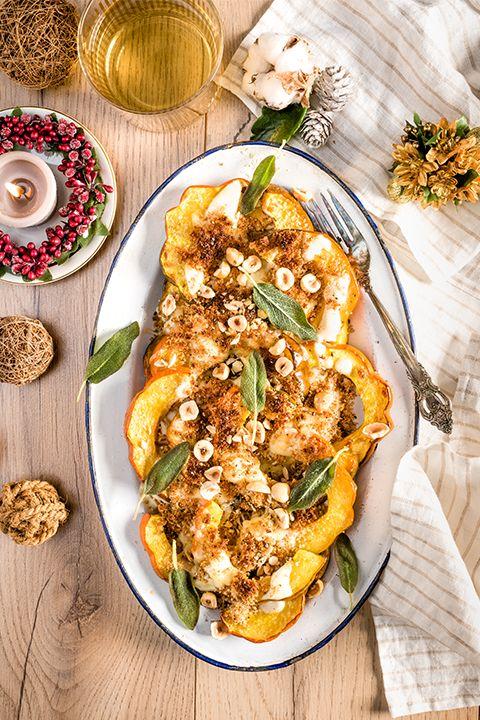 INGRÉDIENTS PAR SAPUTO | Cette recette de gratin aux courges poivrées, aux noisettes, sauge et fromage Parmesan Saputo, une idée à essayer dès ce week-end!