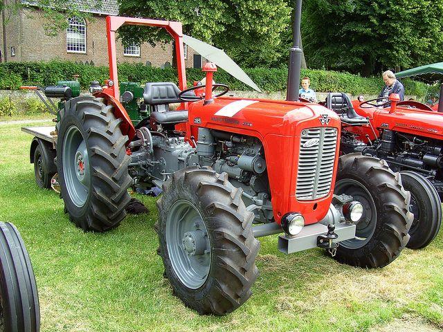 Antique Tractors 4 Wheel Drive : Massey ferguson fe four wheel drive tractors