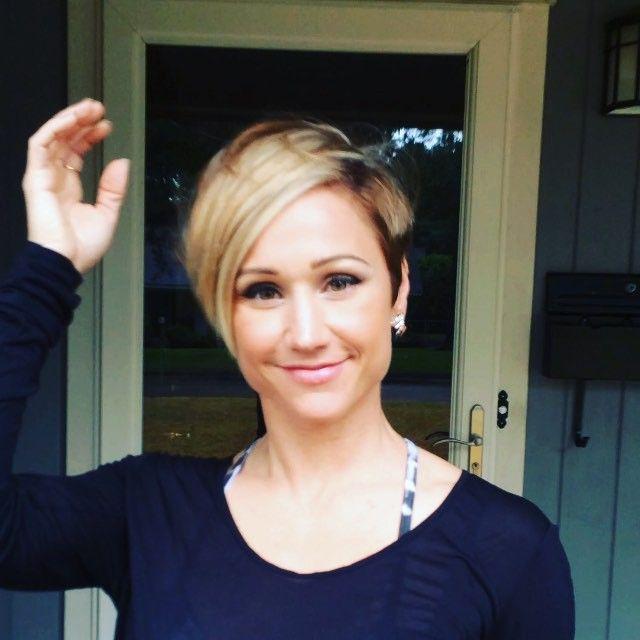 Eason Haircut Photos | 25 best ideas about short angled