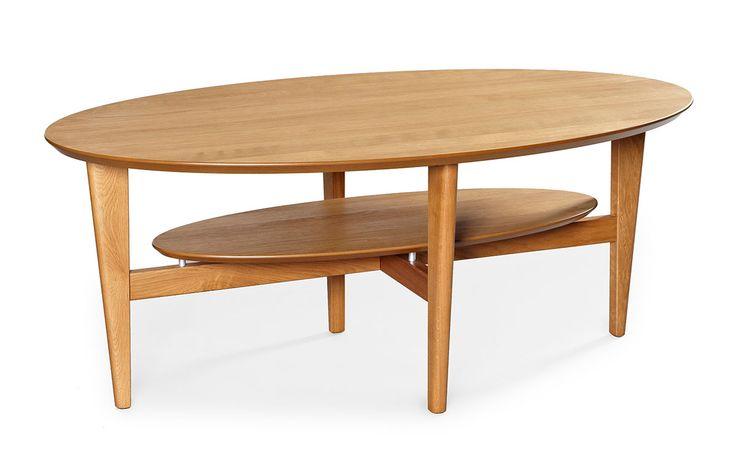 Distans soffbord är ett snyggt bord i ovalt utförande. Benen är även förborrade för möjlighet att sätta på hjul. Du kan välja mellan ett flertal olika färger så det är bara att klicka hem just din favorit! Bordet går att få i ek, björk, mahogny, svartbetsad ek, valnöt eller vitlack.